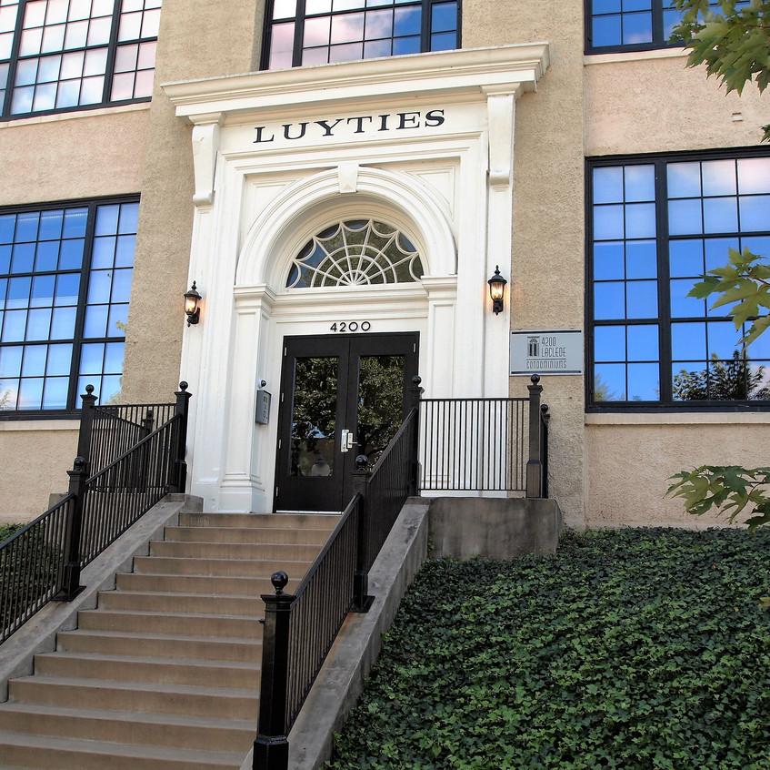 Luyties Building - 4200 Laclede - 63108 - www.CentralWestEndLiving.com