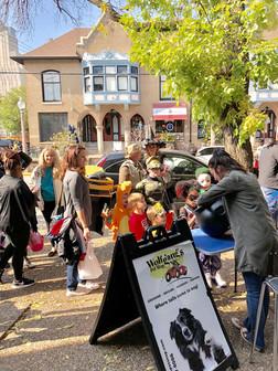 Halloween Dog Parade Central West End.JP