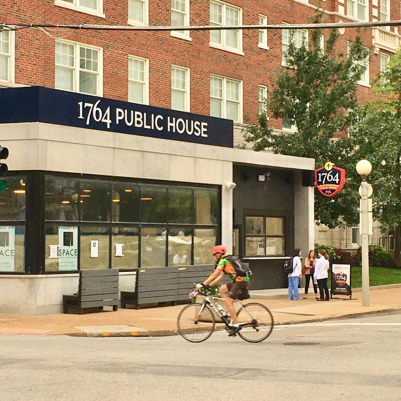 1764 Public House - Central West End Living 1