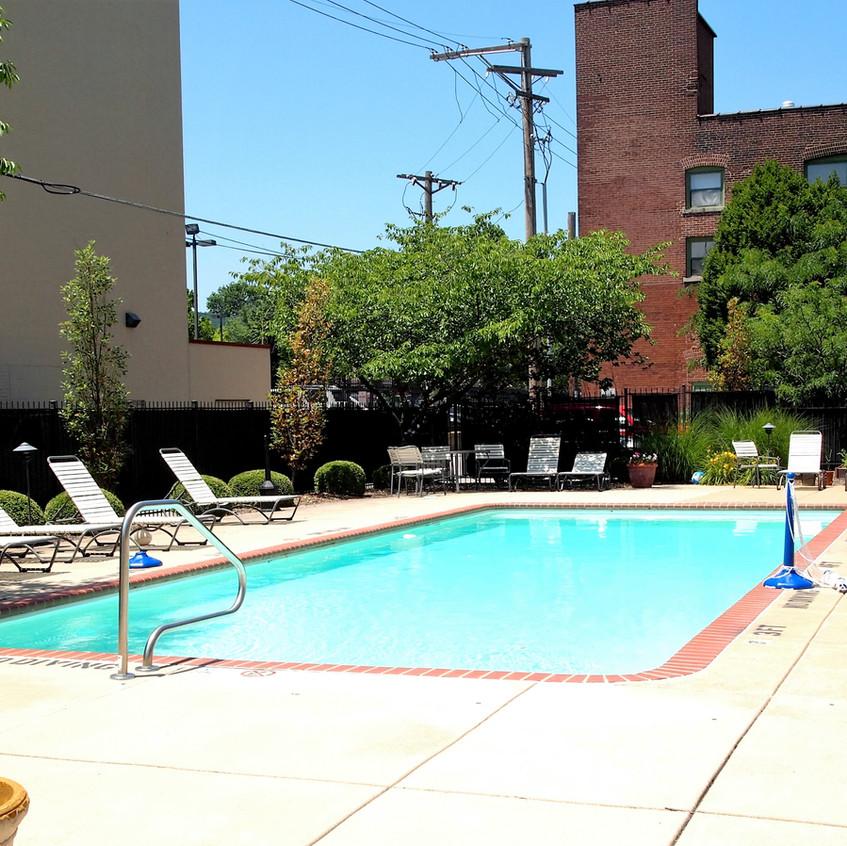 Crown Pool 3