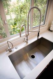 Sink0557.jpg