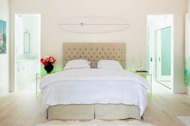 1630 Roscomare Bedroom.jpg