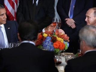 Putin, Obama Share Awkward Moment