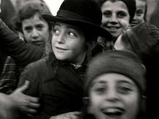 Exhibit Immortalizes Pre-WW2 Jewry