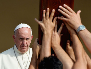 Pope Takes Religious Leaders  to Task for Holocaust Failures