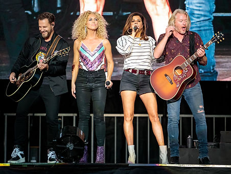 Little Big Town CMT Awards.jpg