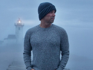 """Kenny Chesney's Emotional Single """"Knowing You"""""""