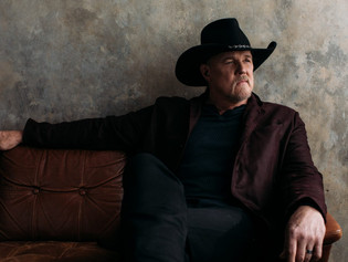 "Trace Adkins' Single ""Ain't That Kind Of Cowboy"""