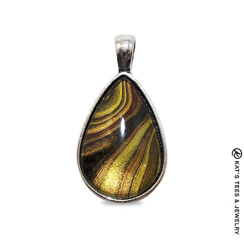 Stunning teardrop pendant with tiger eye art