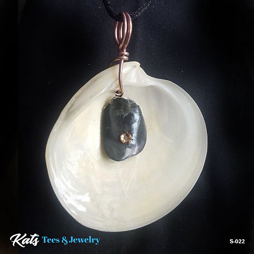 Adorned Shell pendant - white and black w copper swarovski and wirework