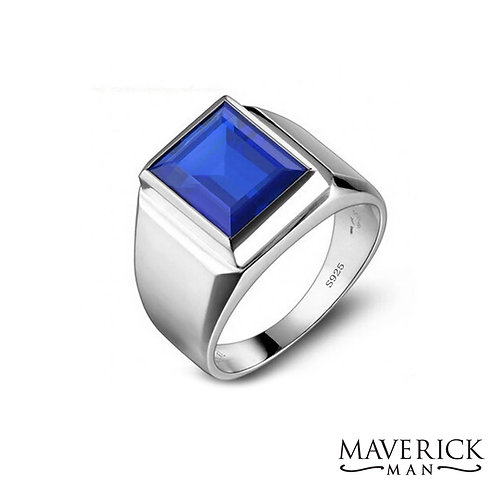 Mens .925 Silver ring with faceted lab sapphire