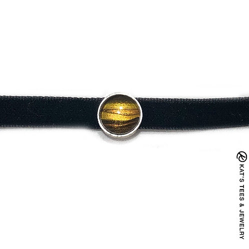 Stunning tiger eye choker from poured acrylics