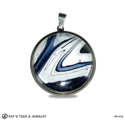 Medium stainless pendant in navy silver and white