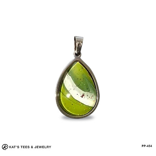 Small stainless steel pendant in sparkly green and white