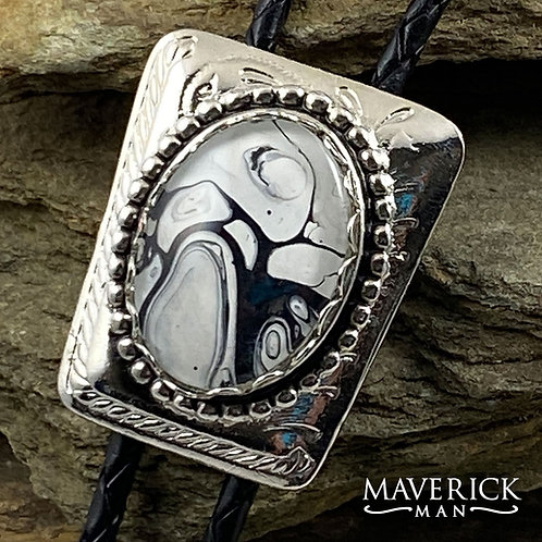 Handsome silver bolo with hand painted black and white stone