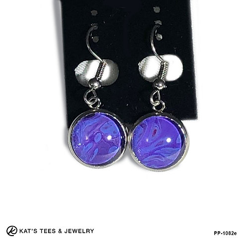 Stainless steel earrings in shades of purple