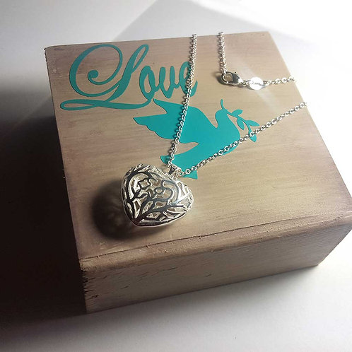 Tree of life .925 silver heart necklace pretty pendant