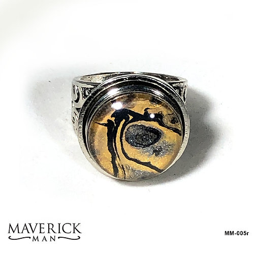 Mens black and gold tiger look stainless steel ring