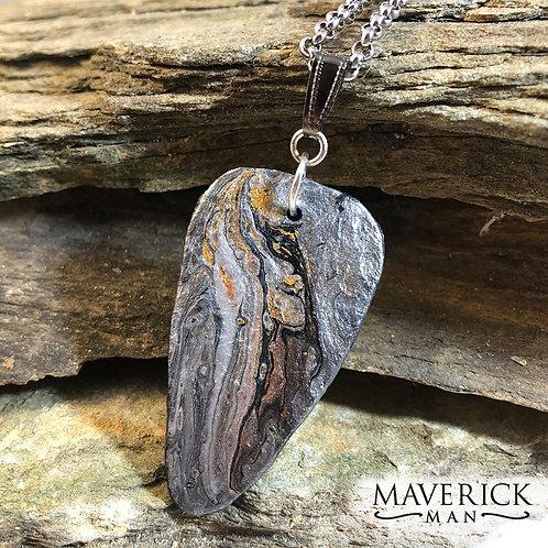 Slate pendant in earthtone metallics