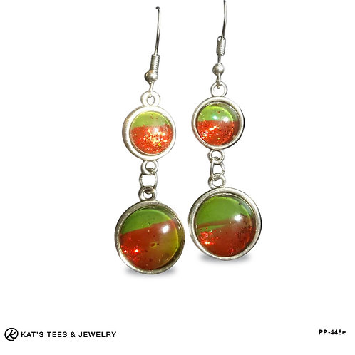 Dangly Christmas earrings in red and green with sparkles