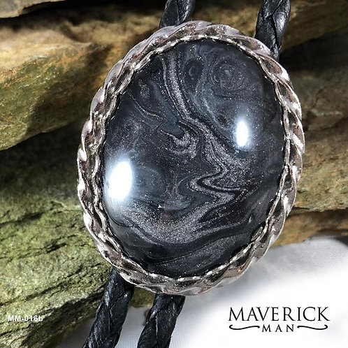 Stylish braided bolo in black and platinum silver