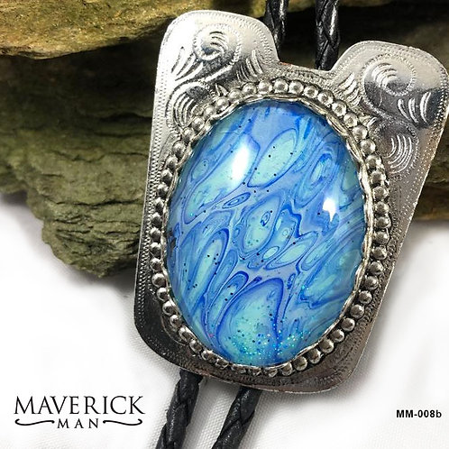 Stunning bolo in eye-catching shades of blue