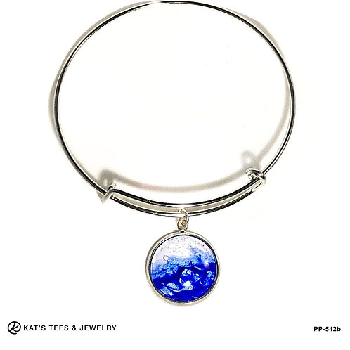Stainless steel charm bracelet with blue poured acrylics