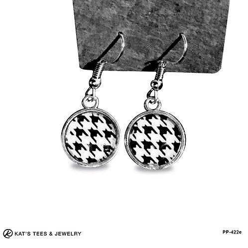 Pretty Houndstooth earrings