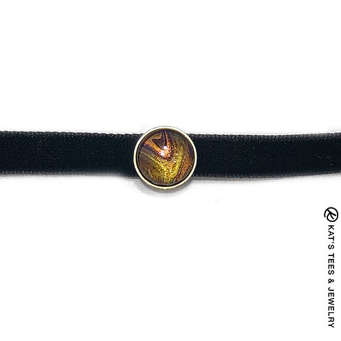Beautiful tiger eye choker from poured acrylics
