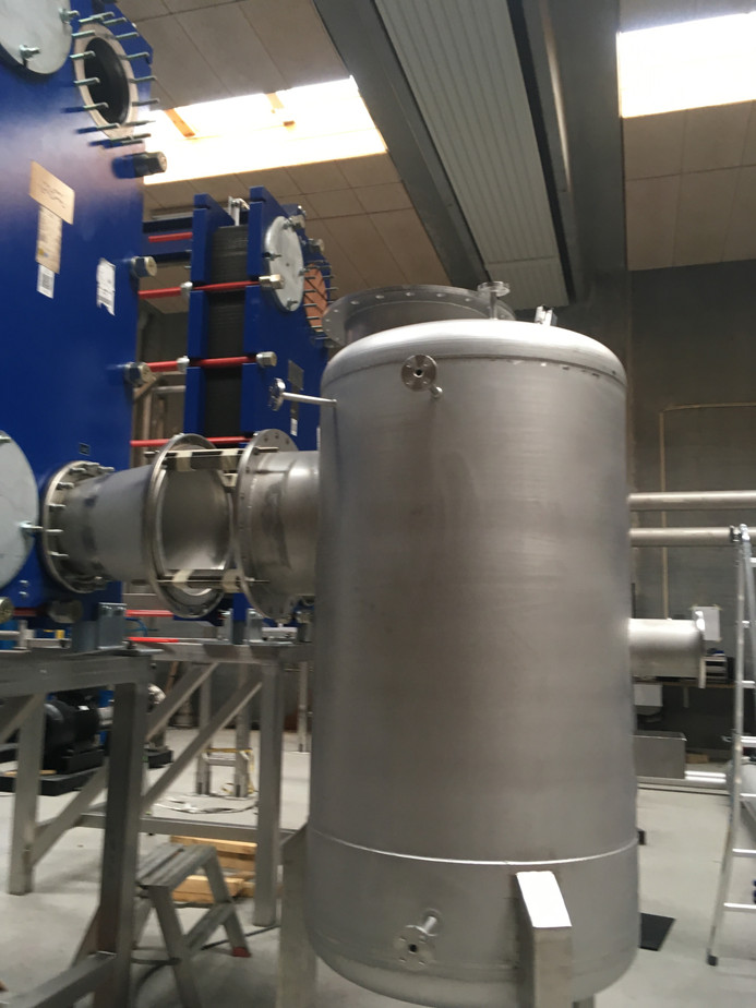 Stainless steel processing tanks – not a problem at Prounit Frames