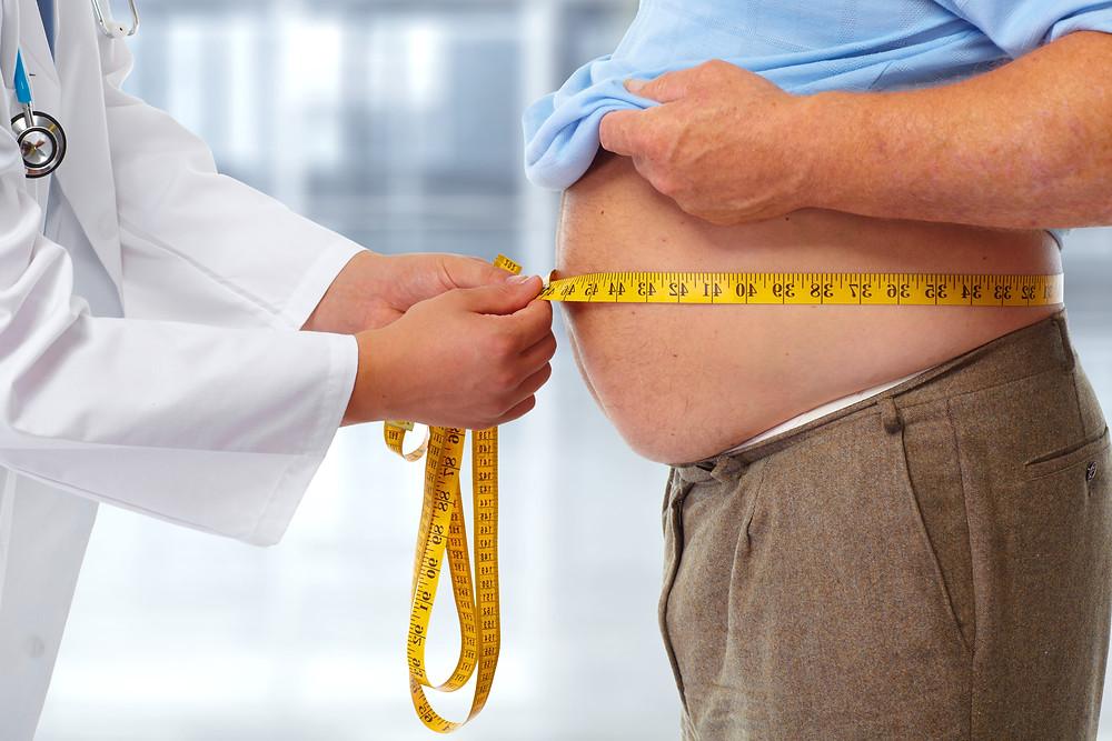 Como o laudo de holter ajuda na identificação da arritmia em obesos