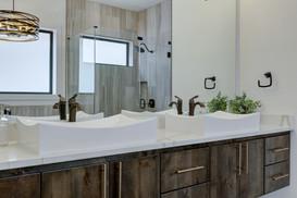 1 Williams Lakeshore Master Bath