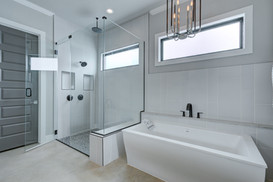 2 Williams Lakeshore Master Bath