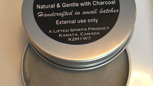 Deodorant with charcoal