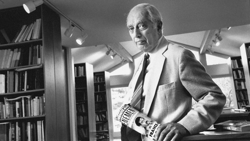 نارد لويس (31 مايو 1916 - 19 مايو 2018) هو أستاذ فخري بريطاني-أمريكي لدراسات الشرق الأوسط في جامعة برنستون