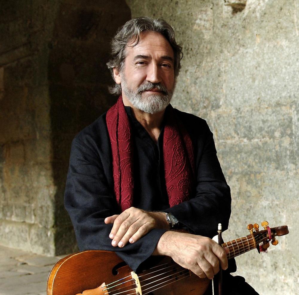 الموسيقار الإسباني الشهير جوردي سافال