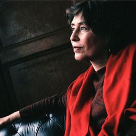 لوليتا في طهران حوار مع الكاتبة الإيرانية آذر نفيسي