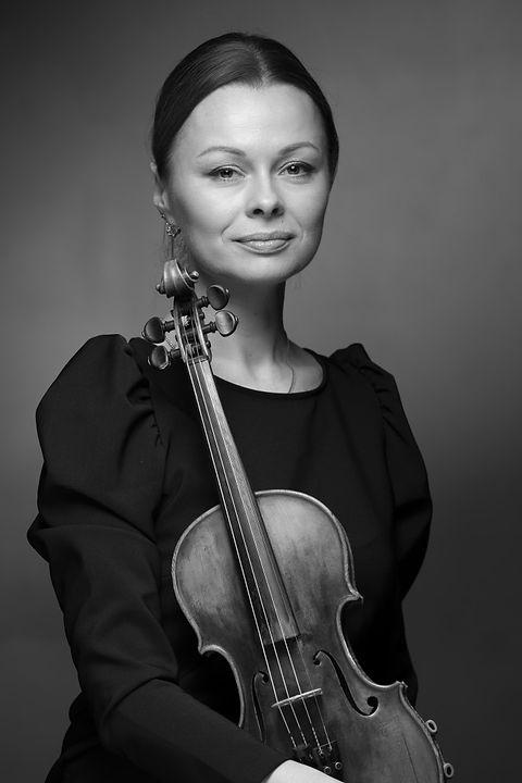 Darja-Smirnova_NEW-683x1024.jpg