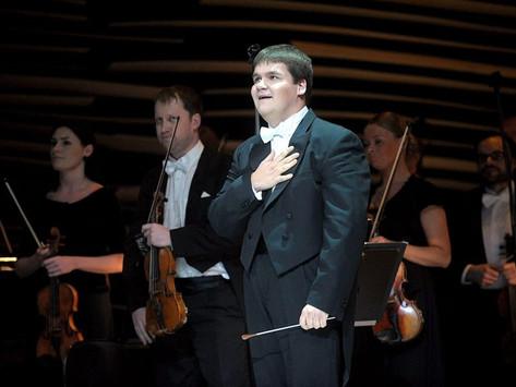 Simfoniskās mūzikas atgriešanās Lielajā ģildē: recenzija par LNSO sezonas noslēguma koncertu