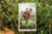 Паж Мечей - карта дня! Погадайте бесплатно онлайн, выберите карту и получите бесплатный совет карт Таро на сегодня от таролога Алёны Панфиловой. Вытащите одну карту из колоды Таро. Гадание на одну карту Таро онлайн. Карта Таро расшифровка и толкование. Бесплатное гадание в Таро Кафе - Карта Дня.