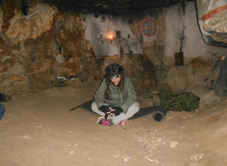 Выезд с учениками на место силы - Сьяновские каменоломни. Медитации под землёй.