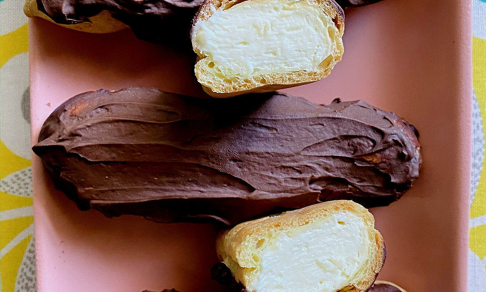 Eclairs - France