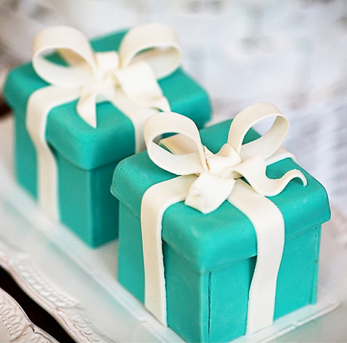 Small custom cakes