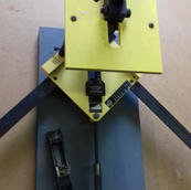 Logan pro joiner F300-2 with stock of 7mm and 10mm V nails. Nearly-new box of 8,000 10mm V nails