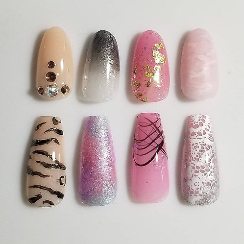 Press On Nails with Accent Art