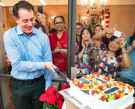 Jeremy&Cake.jpg