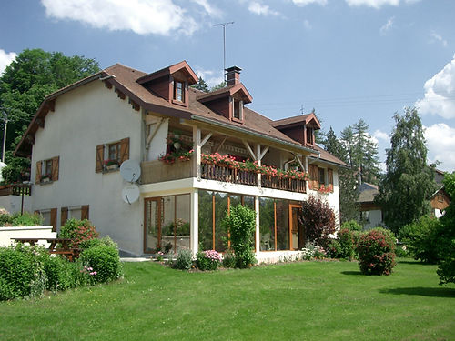 Gite 829 classified 3 ears - Rental of cottages for holidays in the High-Jura mountains
