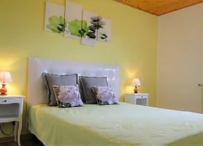 Nouveau lit de relaxation et chambre rénovée du gîte 1805
