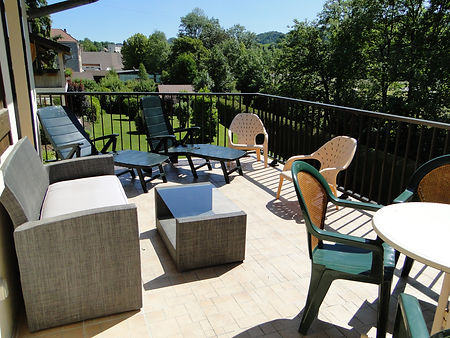 Gite 1805 - Terrace - Rental of cottages for holidays in the High-Jura mountains