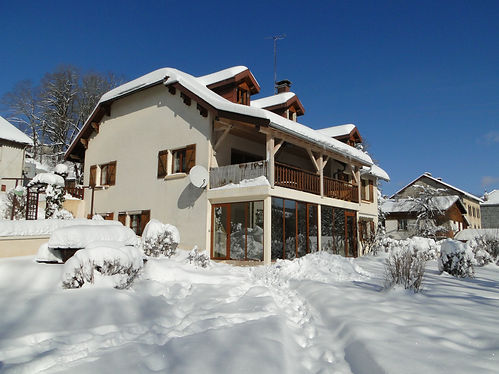Gite 1804 classified 3 ears - Rental of cottages for holidays in the High-Jura mountains